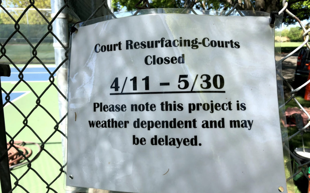pickleball courts closed sign
